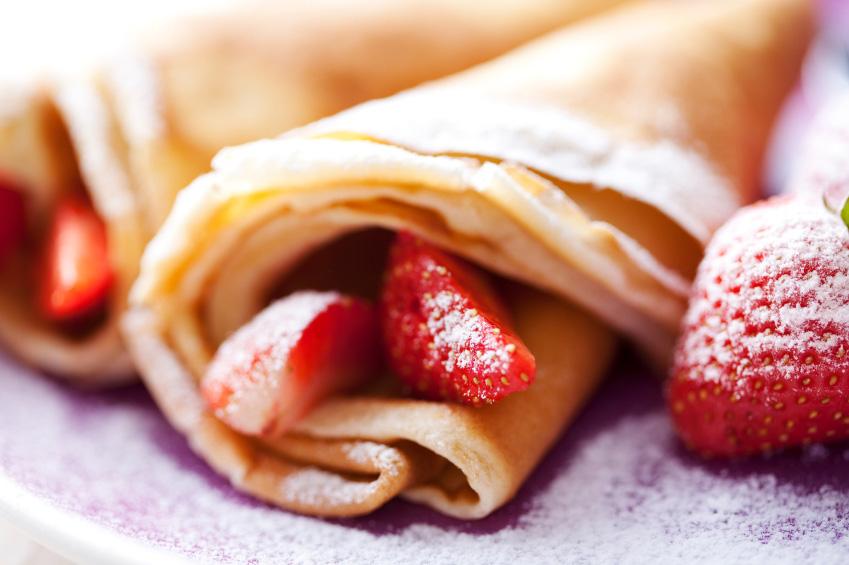 Leckere Crepes mit Erdbeeren aus dem Raclette Grill